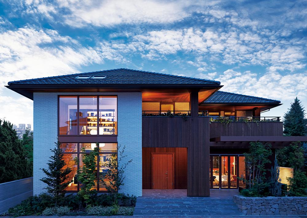 木製バルコニーの家