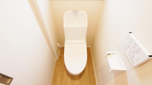 南東トイレ