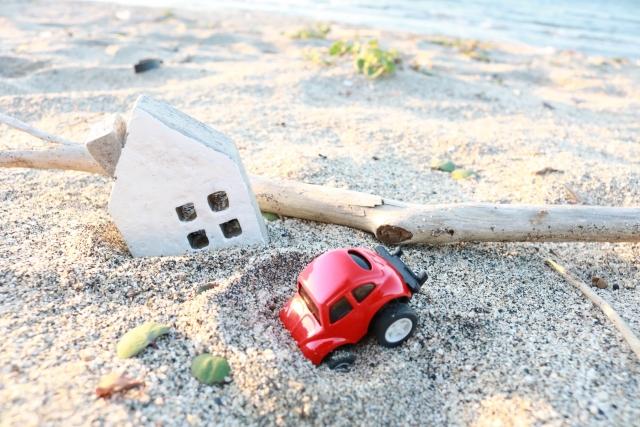 地震に遭った家の模型
